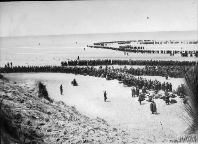 DUNKIRK 26-29 MAY 1940 (NYP 68075) British troops line up on the beach at Dunkirk to await evacuation. Copyright: © IWM. Original Source: http://www.iwm.org.uk/collections/item/object/205194324