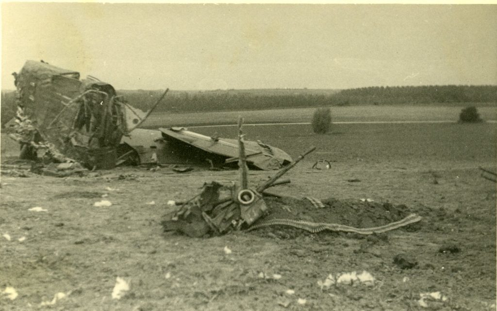 Whitley N1380 DY-R crash site